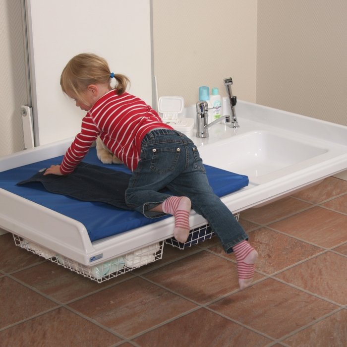 Height Adjustable Baby Changing Table 334 141