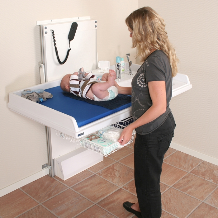 334   Wall Mounted Nursing Table With Motorised Height Adjustment And  Right Hand Sink, 140,0 X 80,0 Cm. (Mixer Tap And Hose Pack Are Accessories)