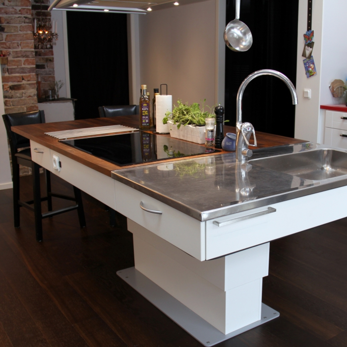 Kitchen Cart Height: Height Adjustable Frames For