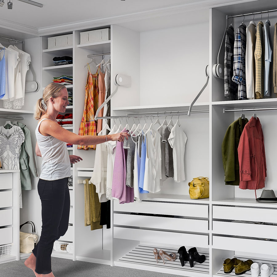 Electric wardrobe lift - BUTLER 722